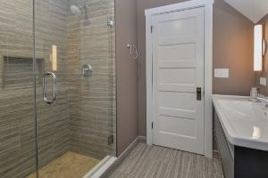Porcelain Vs Ceramic Tiles For Floor Heating Blog Warmup Usa